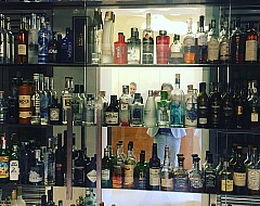 The bar at Can Roca