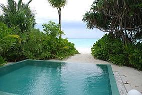 Niyama beach villa