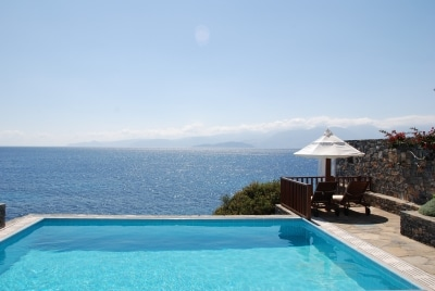 villa-elounda-crete-different-planet-travel
